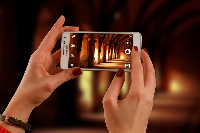 12 Tips: How to Create Engaging Photos & Videos with Your Smartphone