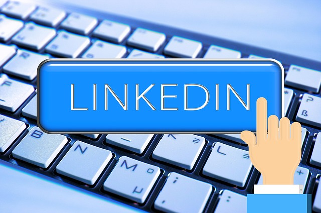 LinkedIn retargeting, LinkedIn matched audiences,