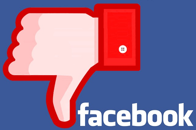 Facebook Faulted for Latest PR Crisis Response