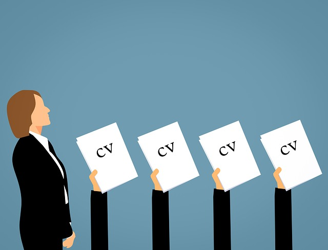 how to pick a chief content officer