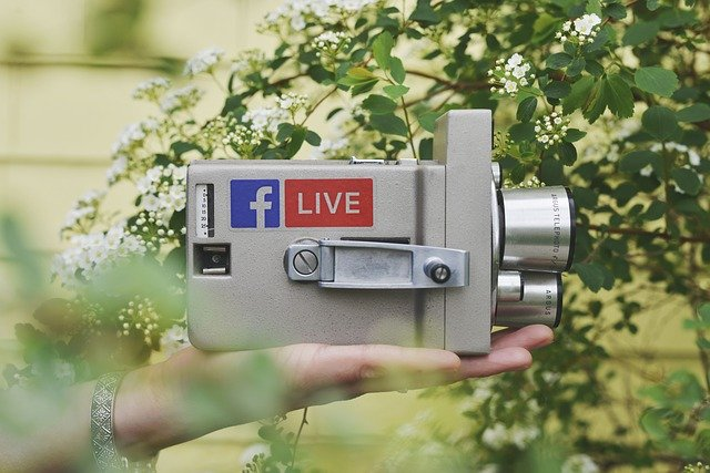 How to Reach Customers through Facebook Live
